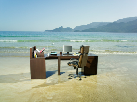 Beach「Office desk on beach」:スマホ壁紙(18)