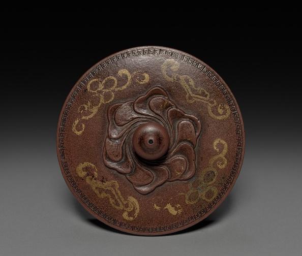 Teapot「Teapot With Gold Leaf Landscape And Imperial Poem (Lid)」:写真・画像(6)[壁紙.com]