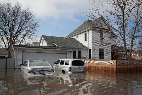 Scott Olson「Flooding Continues To Cause Devastation Across Midwest」:写真・画像(18)[壁紙.com]