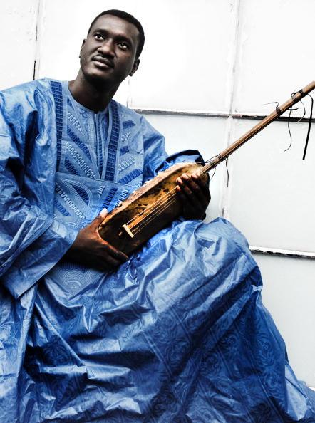 Musical instrument「Bassekou Kouyate」:写真・画像(9)[壁紙.com]