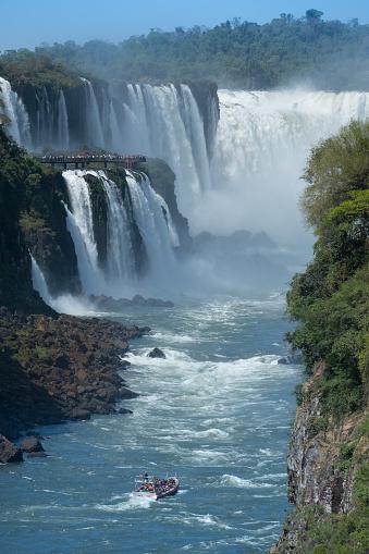 虹「イグアス滝ガルガンダ ・ デル ・ ディアブロ」:スマホ壁紙(0)