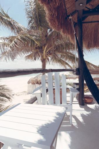 Beach Hut「Beach chair on balcony with Ocean」:スマホ壁紙(14)