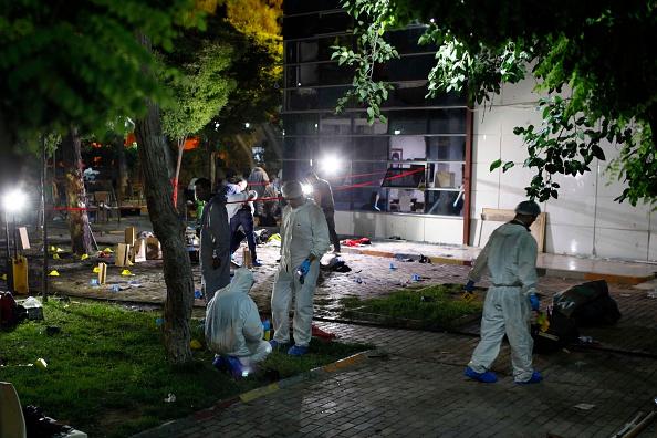 Şanlıurfa「Suspected Terrorist Attack Kills At Least 31 At Turkish Border Town」:写真・画像(5)[壁紙.com]