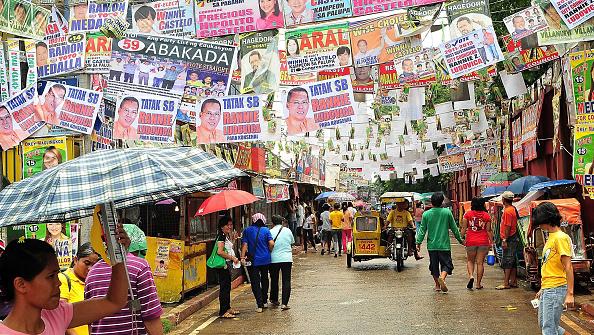 Politics「Filipinos Cast Their Votes Ahead Of Midterm Elections」:写真・画像(14)[壁紙.com]