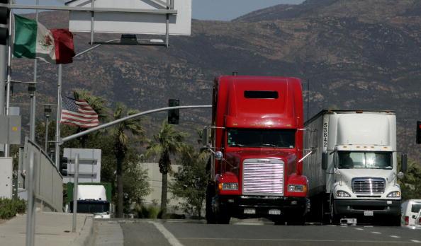 Transportation「Dispute Heightens As MX Adds Tariffs To Some US Goods」:写真・画像(9)[壁紙.com]