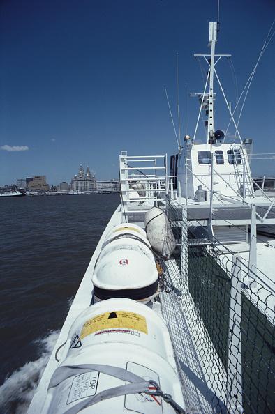 Passenger Craft「Ferry On The Mersey」:写真・画像(18)[壁紙.com]
