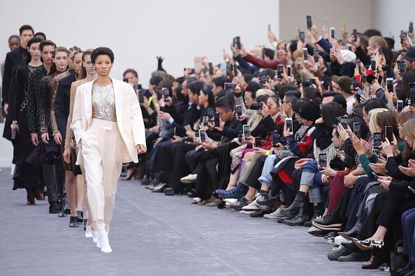 Milan「Roberto Cavalli - Runway: Milan Fashion Week Autumn/Winter 2019/20」:写真・画像(10)[壁紙.com]