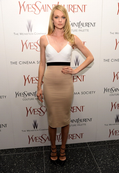 "Black Shoe「Yves Saint Laurent Couture Palette &  The Cinema Society Host The Premiere Of The Weinstein Company's ""Yves Saint Laurent"" - Arrivals」:写真・画像(2)[壁紙.com]"