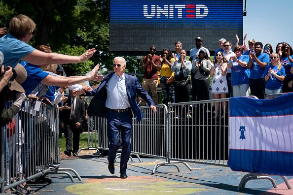Philadelphia - Pennsylvania「Joe Biden Holds Official Presidential Campaign Kickoff Rally In Philadelphia」:写真・画像(2)[壁紙.com]