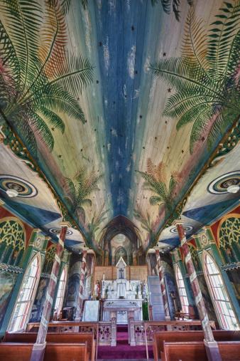 High Dynamic Range Imaging「HDR photo of St.Benedict's R.C. Painted Church」:スマホ壁紙(7)
