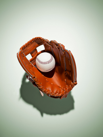 Green Background「Baseball glove in catchers mitt」:スマホ壁紙(17)