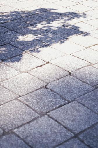 Paving Stone「Flagstone and shadow」:スマホ壁紙(6)