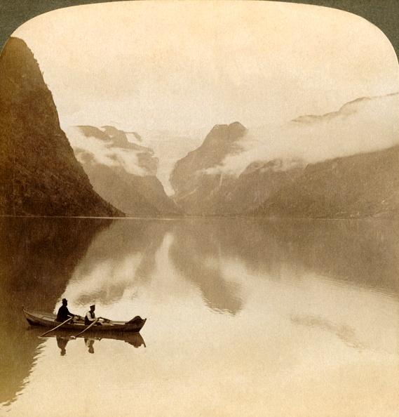 Rowboat「On Sombre Lake Olden」:写真・画像(19)[壁紙.com]