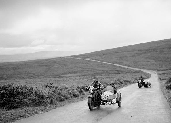 オートバイ競技「1208 cc Harley-Davidson and sidecar of RW Praill, winner of a silver award, MCC Torquay Rally, 1937」:写真・画像(5)[壁紙.com]