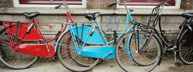 Amsterdam「Netherlands, Amsterdam, bicycles parked on street」:スマホ壁紙(8)