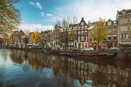Amsterdam「Netherlands, Holland, Amsterdam, Old town, Houses on a canal」:スマホ壁紙(2)