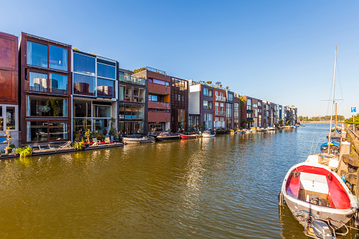 Amsterdam「Netherlands, Amsterdam, modern terraced houses at Scheepstimmermanstraat」:スマホ壁紙(12)