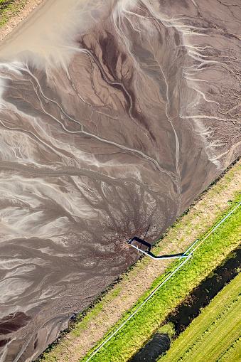 Utrecht「Netherlands, Raising of Agricultural Land by Adding Mud Water in Polder. Aerial」:スマホ壁紙(16)