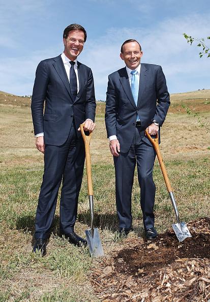 Planting「Dutch Prime Minister Rutte Visits Australia For MH17 Flight Disaster Talks」:写真・画像(4)[壁紙.com]