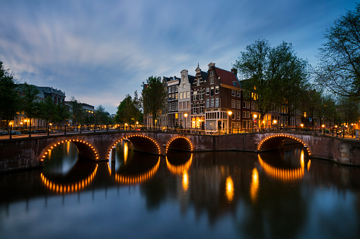 Amsterdam「Netherlands, Amsterdam, Amsterdam, Canal view at dawn」:スマホ壁紙(8)