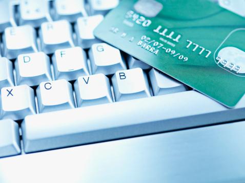 Online Shopping「Computer keyboard and credit card」:スマホ壁紙(13)