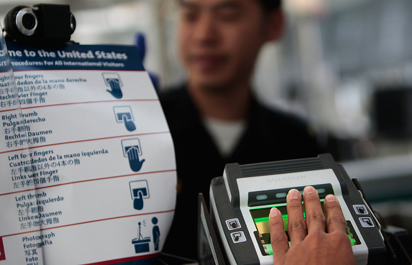 USA「U.S. Customs Allows Pre-Approved Travelers To Bypass Passport Lines」:写真・画像(16)[壁紙.com]