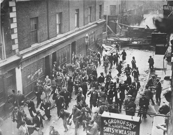 Street「East End Riots」:写真・画像(7)[壁紙.com]