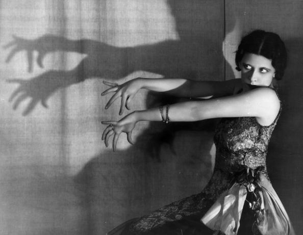 Shadow「Shadow Dance」:写真・画像(15)[壁紙.com]