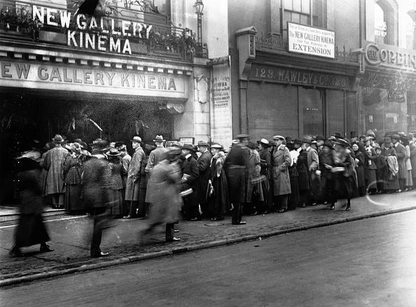 Film Industry「Cinema Crowd」:写真・画像(17)[壁紙.com]