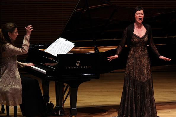 Opera Singer「Sandrine Piau」:写真・画像(0)[壁紙.com]