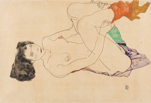 Lying Down「Lying Female Nude With Legs Pulled Up」:写真・画像(13)[壁紙.com]