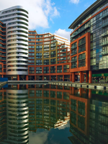 Offices and apartments, Paddington Basin, London, UK:ニュース(壁紙.com)