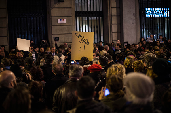 Pencil「Global Reaction To The Terrorist Attack On French Newspaper Charlie Hebdo」:写真・画像(1)[壁紙.com]