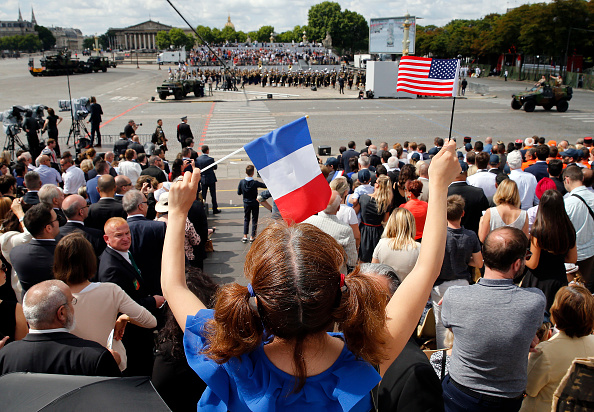 Tradition「2017 Bastille Day Military Ceremony On The Champs Elysees In Paris」:写真・画像(17)[壁紙.com]