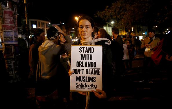 フロリダ州オーランド「Australians Hold Candlelit Vigils For Victims Of Orlando Nightclub Shooting」:写真・画像(13)[壁紙.com]