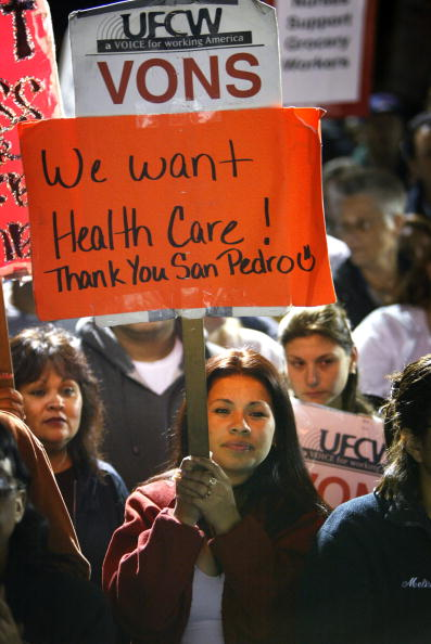 Insurance「Labor Strikes Continue in Southern California」:写真・画像(10)[壁紙.com]