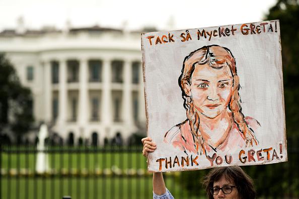 Global「Teen Activist Greta Thunberg Joins Climate Strike Outside The White House」:写真・画像(13)[壁紙.com]