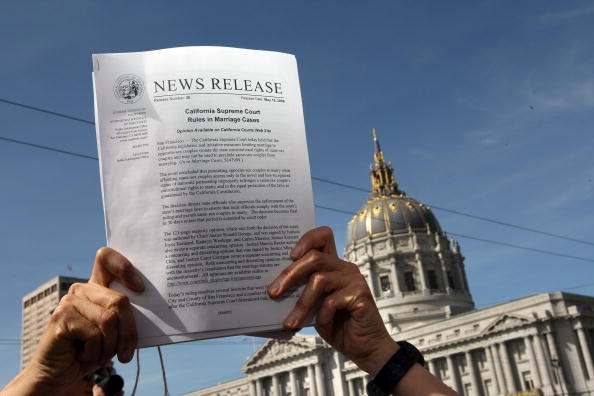 Decisions「California Supreme Court Rules On Gay Marriage」:写真・画像(10)[壁紙.com]