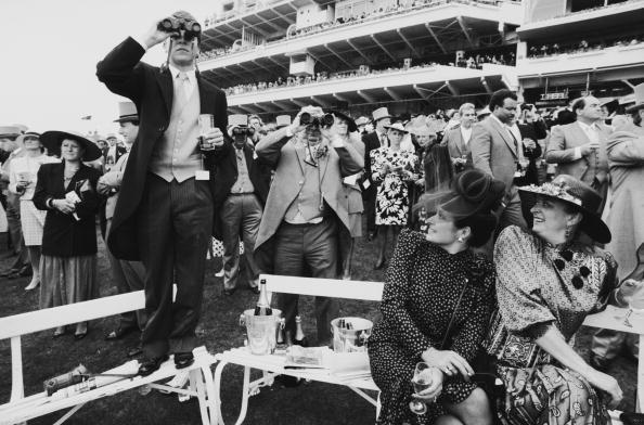 Tom Stoddart Archive「Epsom Derby」:写真・画像(0)[壁紙.com]