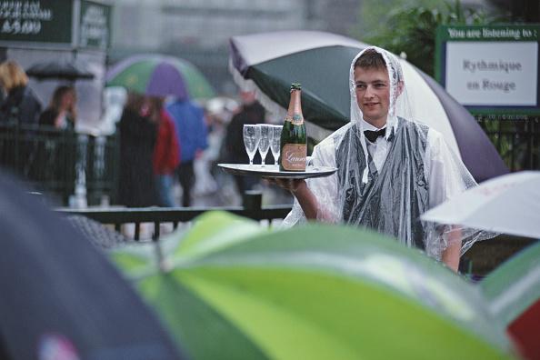 Waiter「Wimbledon Lawn Tennis Championship」:写真・画像(9)[壁紙.com]
