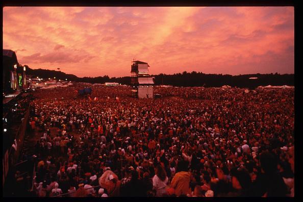 Attending「Woodstock 94 Music Festival」:写真・画像(17)[壁紙.com]