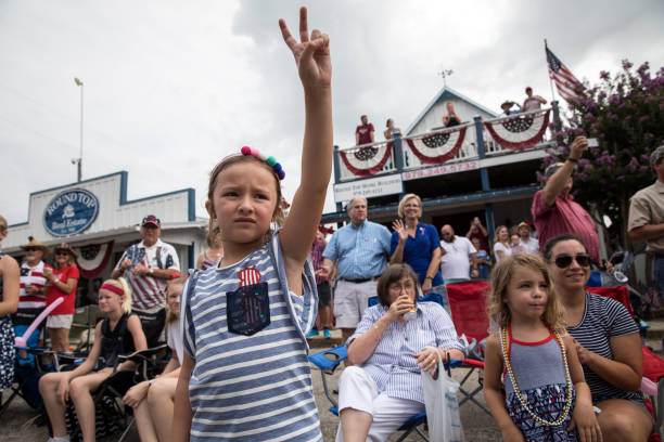 4th Of July Parade Held In Round Top, Texas:ニュース(壁紙.com)