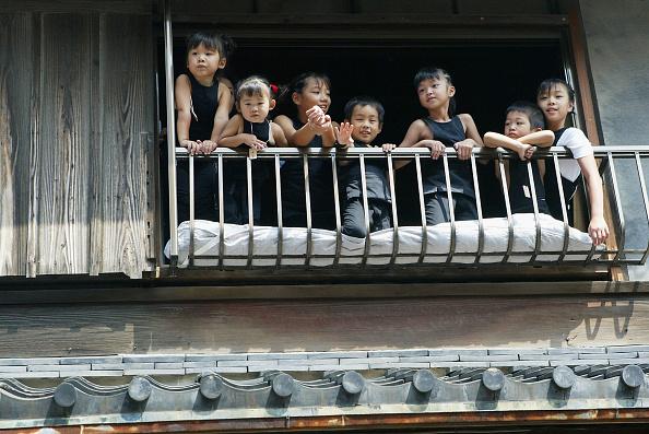 Shadow「The Danjiri Matsuri festival passes through the town of Kishiwada」:写真・画像(18)[壁紙.com]