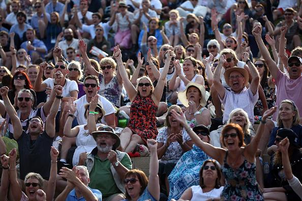 Spectator「Wimbledon Tennis Championship - Day Five」:写真・画像(12)[壁紙.com]