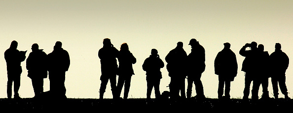 In Silhouette「The Final Day Of The Waterloo Cup Hare Coursing Event」:写真・画像(16)[壁紙.com]