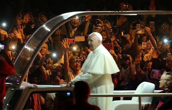 Philadelphia - Pennsylvania「Pope Francis Visits The Festival Of Families On Philadelphia's Benjamin Franklin Parkway」:写真・画像(11)[壁紙.com]