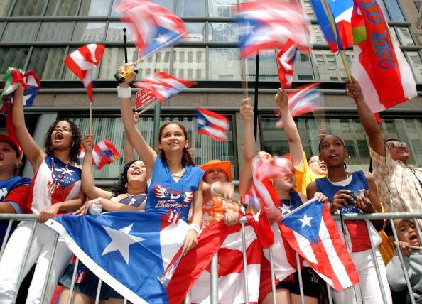 ヒューマンインタレスト「Ninth Annual Puerto Rican Day Parade In New York」:写真・画像(15)[壁紙.com]