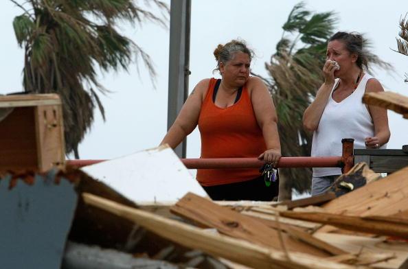 Hurricane Ike「Hurricane Ike Makes Landfall On Texas Coast」:写真・画像(19)[壁紙.com]