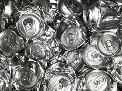 Recycling「Pile of crushed drink cans」:スマホ壁紙(5)