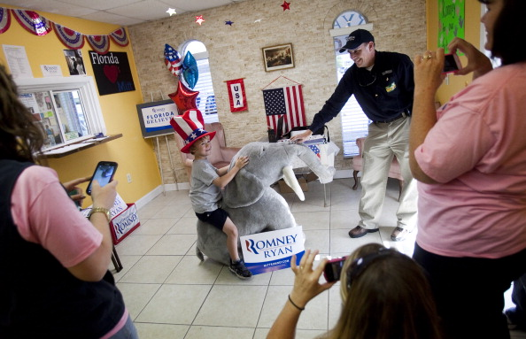 Florida - US State「U.S. Citizens Head To The Polls To Vote In Presidential Election」:写真・画像(13)[壁紙.com]